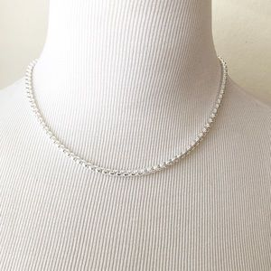 """Jewelry - 18"""" Silver Plated Box Like Chain"""